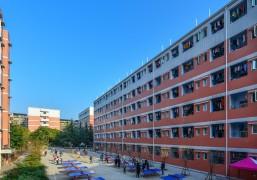 学生公寓楼